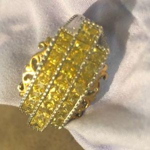 Jewelry - Canary yellow statement ring